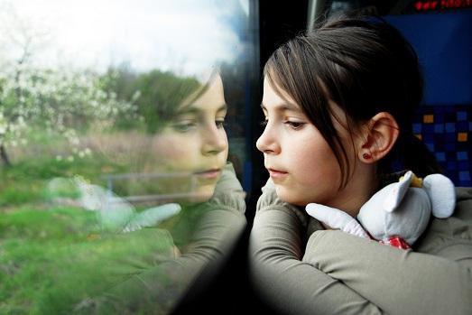 Что делать, если ребенка постоянно укачивает в транспорте?