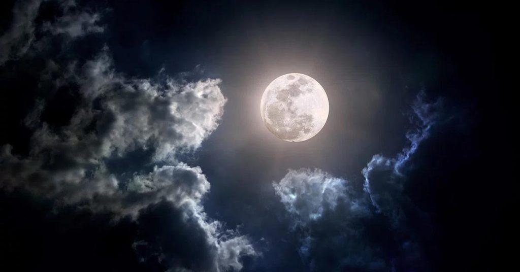 О чем расскажет Луна