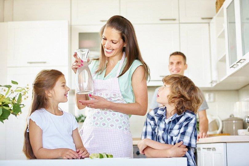Нужна ли вода детям?