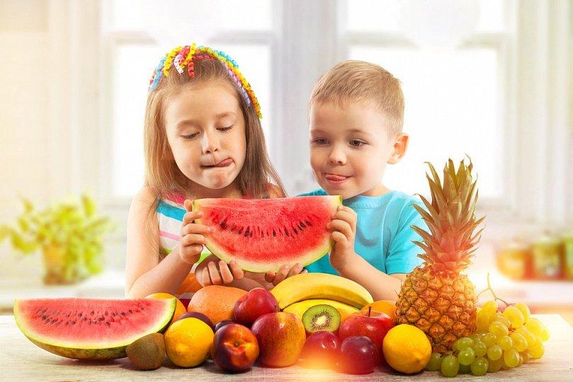 Не лучший фрукт: какие фрукты нежелательны для детей