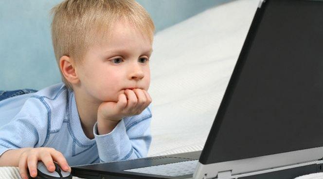 Ребенок больше времени проводит за компьютером? Это не опасно!