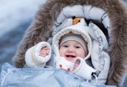 Зима и солнце: в чем гулять малышу?