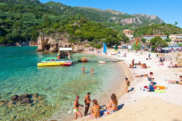 Почему отдых в Турции так популярен среди российских туристов?