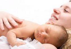Необходимый уход за ребёнком в первые дни жизни