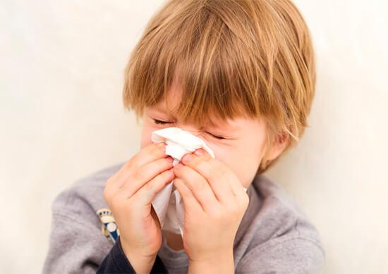 Эффективное лечение народными средствами насморка у ребенка