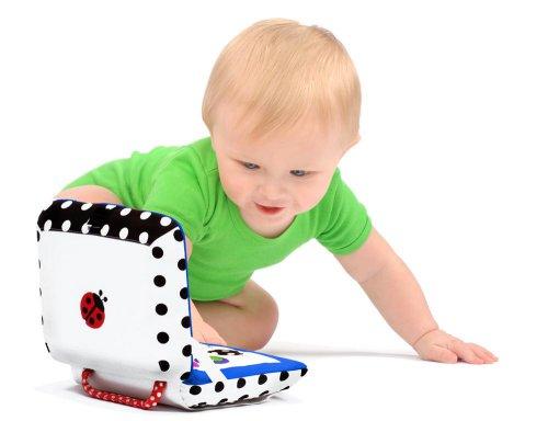 Электронные игрушки замедляют развитие речи детей