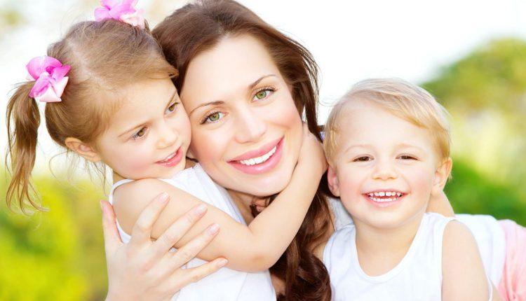 Привязанность ребенка к матери: психологические особенности