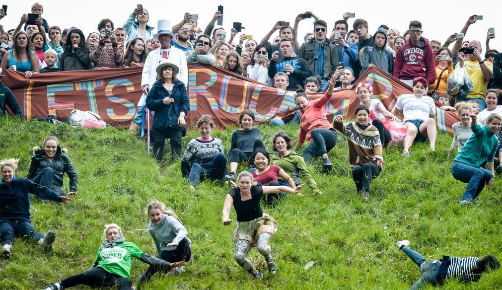 Фестиваль «Сырная гонка» в Англии