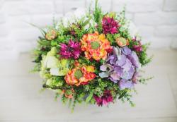 Дивное очарование современных искусственных цветов
