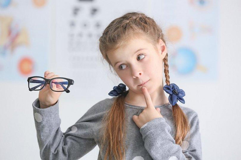 Как сохранить зрение школьника