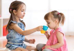 Быть старшим ребенком — лучше? Новое исследование ученых