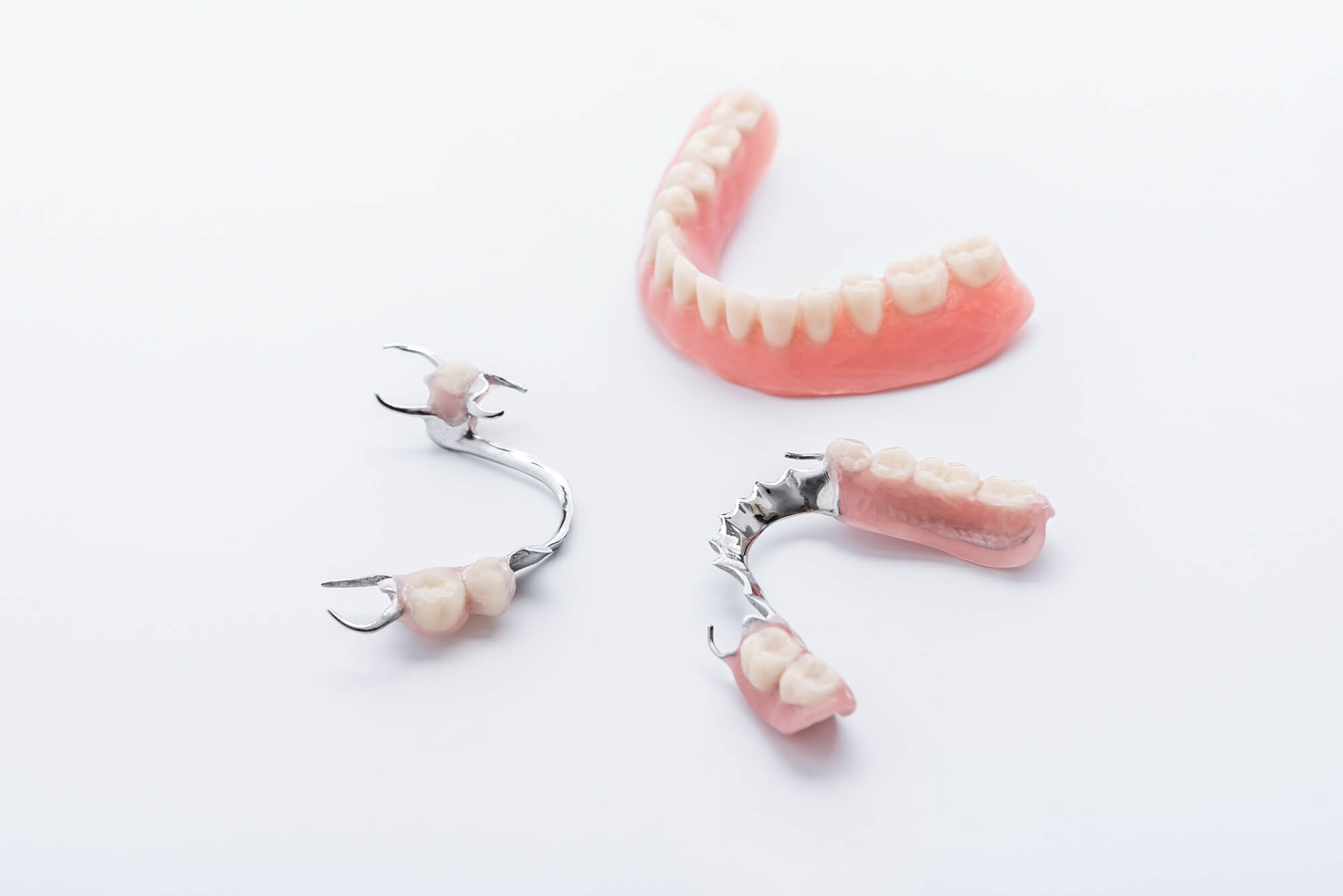 Протезирование зубов — Стоматологическая клиника по установке протезов на зубы