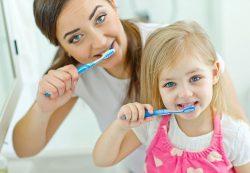 Первые зубы и гигиена полости рта у детей