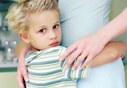 Как учить и что делать с застенчивым ребенком
