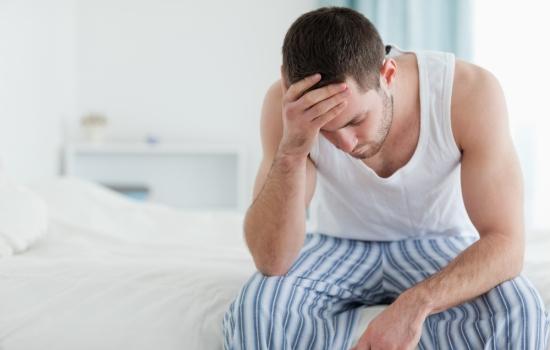 Фимоз у мужчин, его причины и лечение