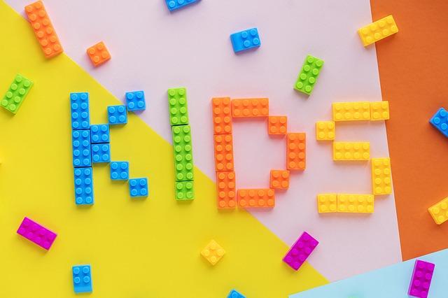 Как правильно выбрать игрушки для детей?
