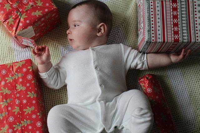 Какой подарок для ребенка лучше?
