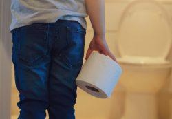 Недержание кала у детей: причины и лечение недержания кала у детей 10 лет