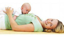Гимнастика для мамы с малышом от рождения и до шести месяцев