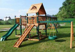 Детские игровые комплексы: где используются, особенности и разновидности, приобретение