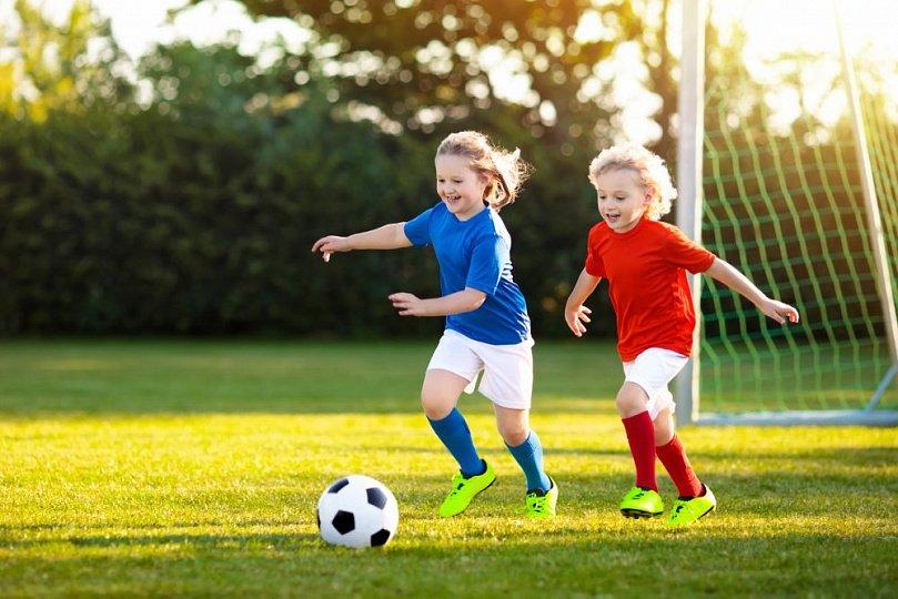 Девочки и большой спорт: влияние физических нагрузок на здоровье детей