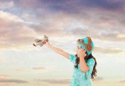 Почему дети много фантазируют?