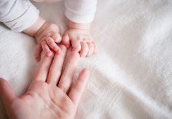 Время рожать: чем опасны ранняя и поздняя беременность
