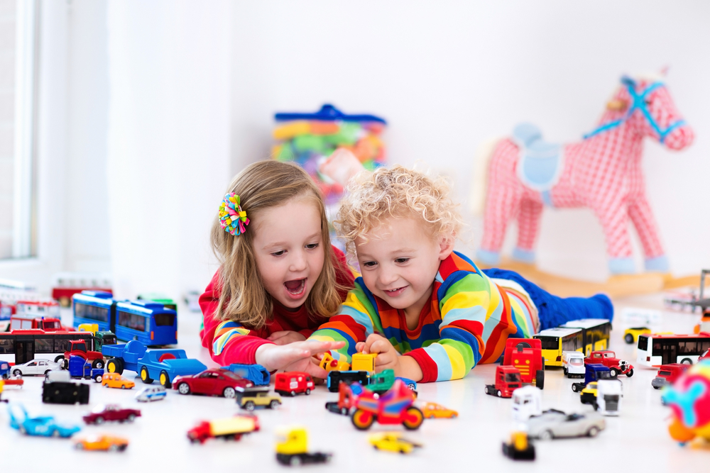 Как выбирать игрушки для детей разных возрастов?
