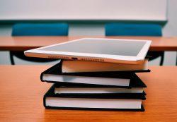 «Просвещение» о роли книги в образовании