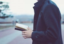 Почему читать книги полезно и для ума, и для тела