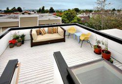 Терраса у дома на крыше