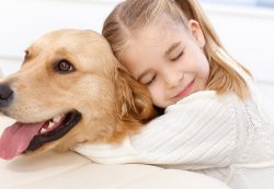 Какую собаку завести ребенку