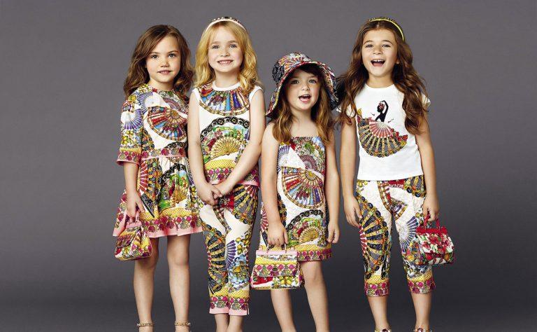 Качество, практичность и стоимость: основные критерии при выборе детской одежды