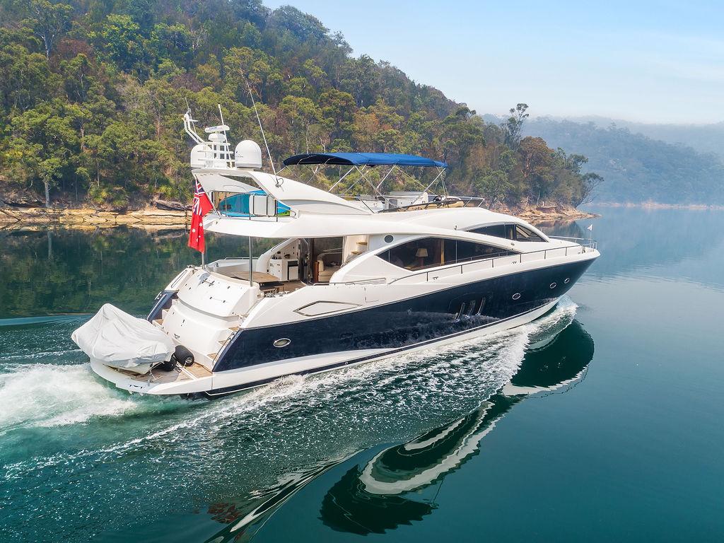 Как выгодно купить яхту в России у компании Azimut Yachts Russia