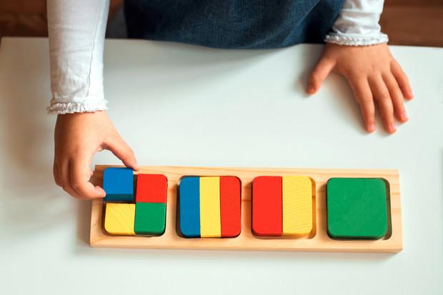 Как методика Монтессори поможет малышу пережить стресс