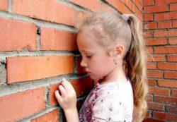Психология жертвы: как помочь ребенку