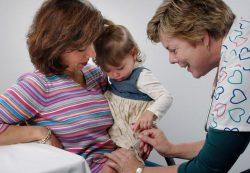 Фебрильные судороги после вакцинации не влияют на развитие детей