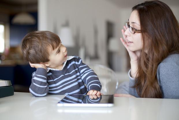 Как объяснить ребенку, чем мальчик отличается от девочки