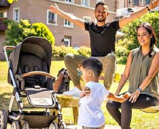 Советы молодоженам: как выбрать детскую коляску