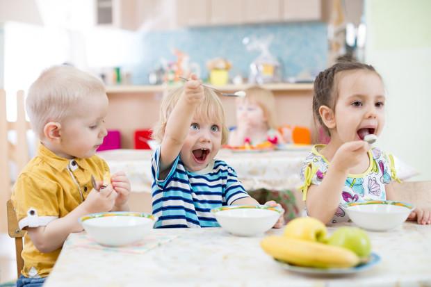 Чем детсадовский ребенок отличается от домашнего