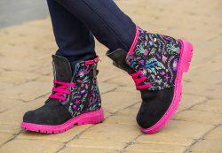 Сколько пар обуви нужно ребенку в теплое время года
