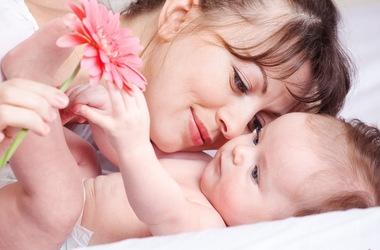 Первая бутылочка новорожденного: 5 факторов выбора