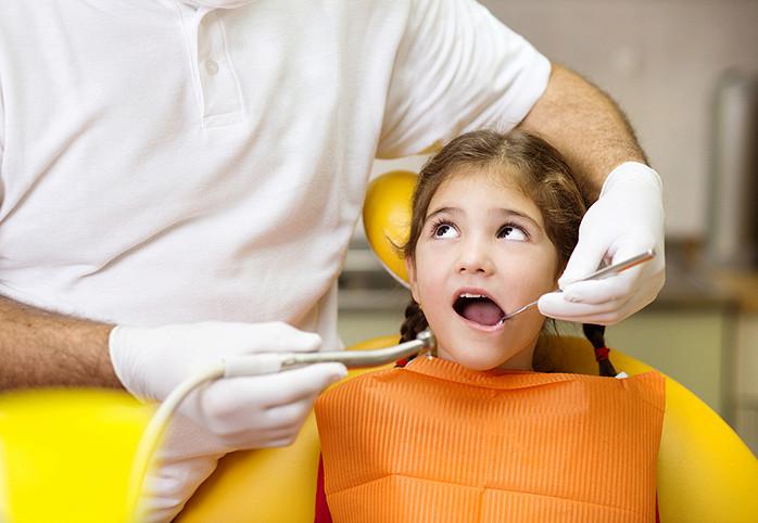 Что делать, если ребенок панически боится визитов к стоматологу?