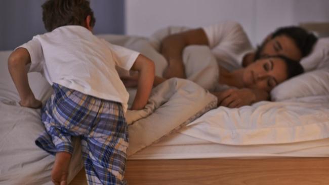 Почему ребенок плохо спит по ночам: 6 неочевидных причин