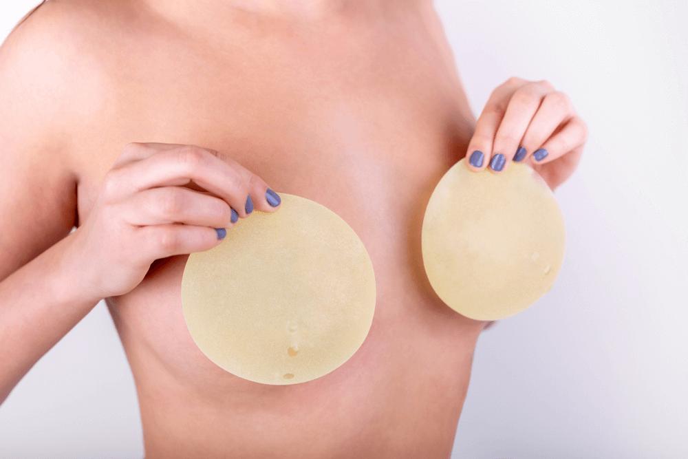 Обзор лучших производителей и цен на грудные импланты