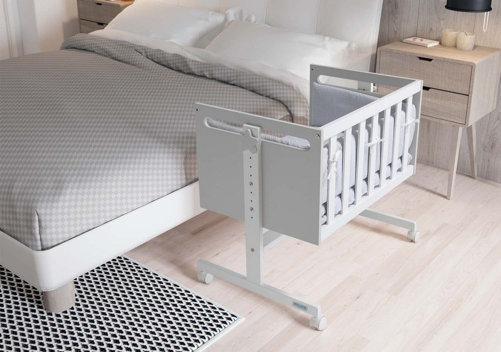 Как купить кроватку для новорожденного: приставная кроватка и кроватка-стульчик