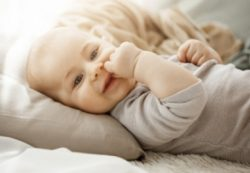 Показатели развития 10-ти месячного ребенка