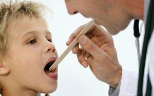 Мононуклеоз у детей: что нужно знать родителям