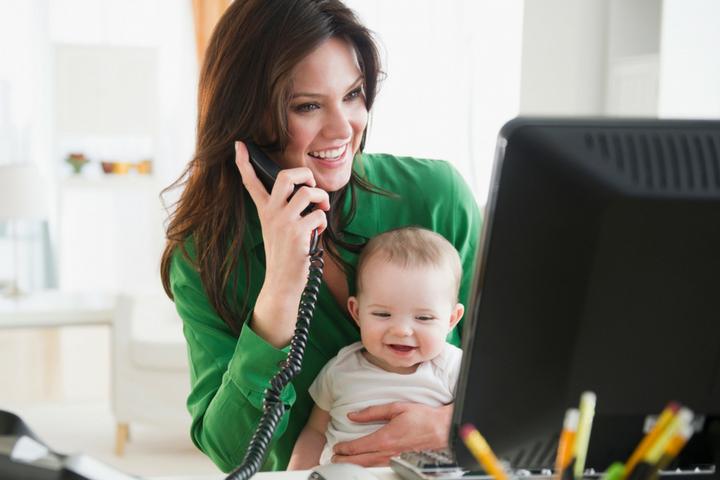 Подработка в декрете: возможные варианты для молодой мамы