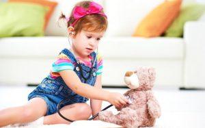 Антибиотики для детей: как принимать решение